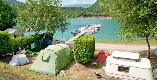 emplacement camping savel pont