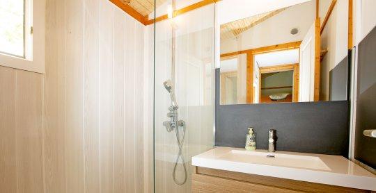 chalet alizé salle de bain